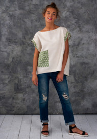 Tunic-with-green-pocket-2