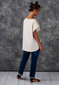Tunic-with-green-pocket-4