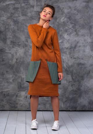 Платье трикотажное кирпичного цвета