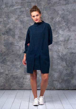 Платье с асимметричными карманами цвета берлинской лазури