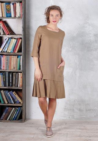 Шерстяное платье со складками